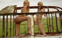 Sexy Zina & Serena naked on countryside