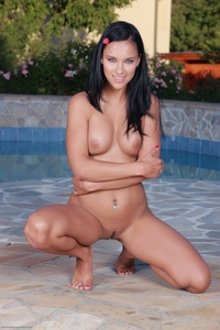 Sweet young Victoria posing naked