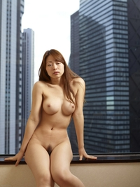 Hot Asian Rie naked in Hilton hotel