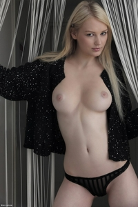 Young blonde Tabitha touch of perfection
