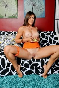 Cheeky Rilynn Rae teasing naked