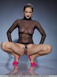 Sexy Alina's round natural boobies