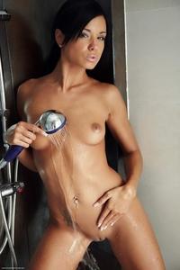 Cheeky brunette Jessie's wet teasing