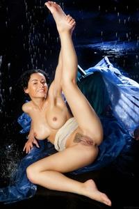 Cheeky Pammie Lee spreading legs