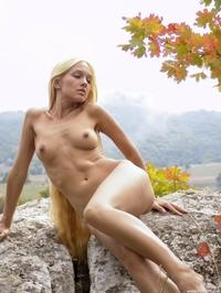 Blonde & beautiful Desiree outdoor