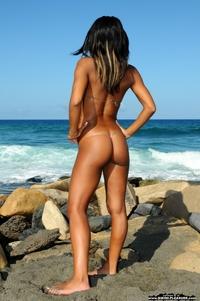 Hot Isabella's tiny pinky bikini