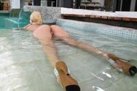 Tight ass blonde Aaliyah Love bending
