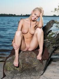 Sweet virgin babe Kamlyn's perky tits
