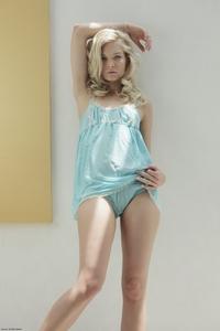 Innocent virgin Sellena posing