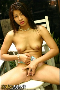 Thai massage girl dreaming of cocks