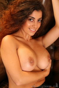 Busty brunette Fiona's huge natural tits