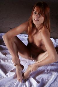 Young virgin Kami Rumelka nude shot