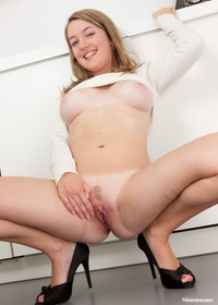 Amateur exgirlfriend Juliette stripping
