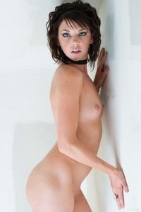 Cheeky brunette Jutine spreading legs
