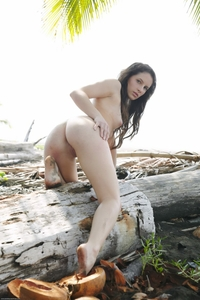 Tight ass brunette Kamlyn bending nude