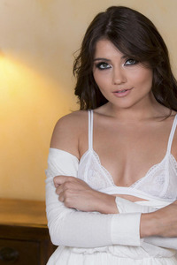 Adria Rae In A Treat Story: Fortunate One