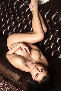 Lucy Lee Shiny Sofa