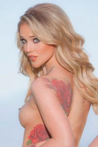 Kali Rose - Piercing Nipples