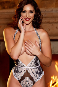 Glam Babe Carlotta Champagnestrips By The Fireplace
