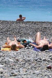 Nude beach babes