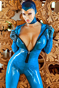 Bianca Kinky Rubber Blues
