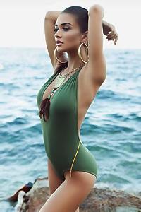 Amy Jackson Sexy Bikini Gallery