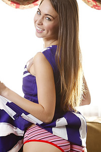 Hot Cheerleader Riley Reid
