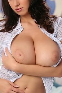 Jana Defi Awesome Tits