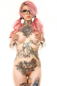 Tattooed Punk Bitch Sydnee Vicious Gets Naked